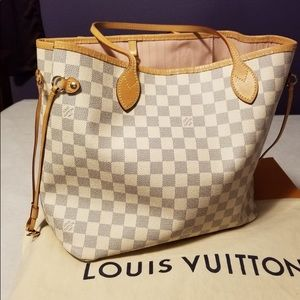 Louis Vuitton Neverfull MM Ballerine